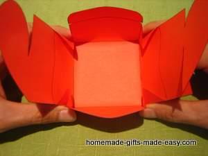 Шаблон сердечной коробочки для подарка (11) (300x225, 49Kb)