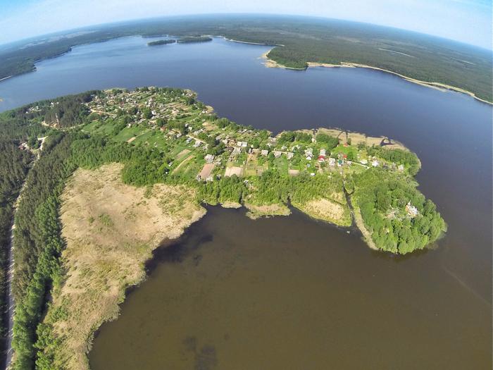 Так выглядит деревня Сяберо с высоты птичьего полета. (700x525, 396Kb)