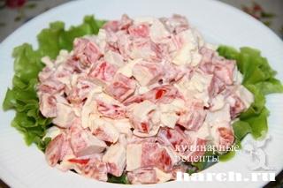 salat-is-krabovih-palochek-s-pomidorami-rozoviy-korall_6 (320x213, 60Kb)