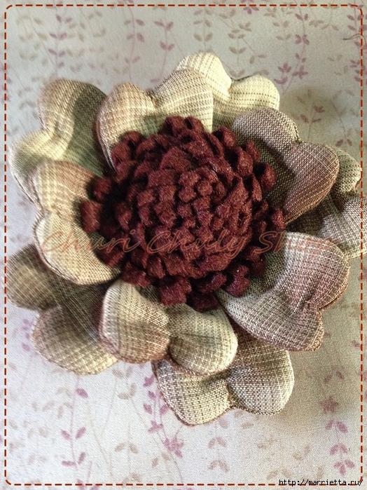 Текстильная брошь с цветами из ткани. Мастер-класс (8) (524x700, 376Kb)