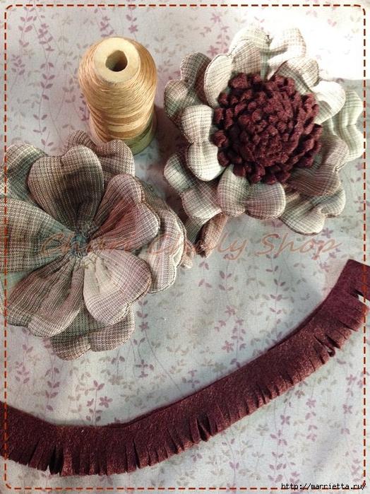 Текстильная брошь с цветами из ткани. Мастер-класс (20) (524x700, 351Kb)