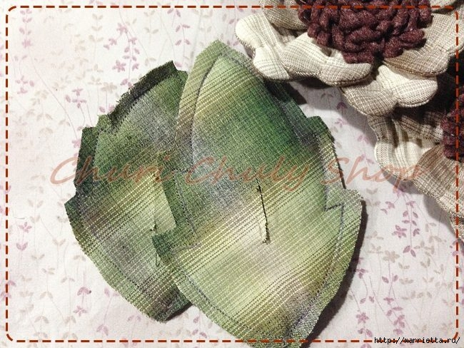 Текстильная брошь с цветами из ткани. Мастер-класс (21) (650x488, 275Kb)