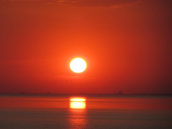 Закат солнца. (700x525, 44Kb)