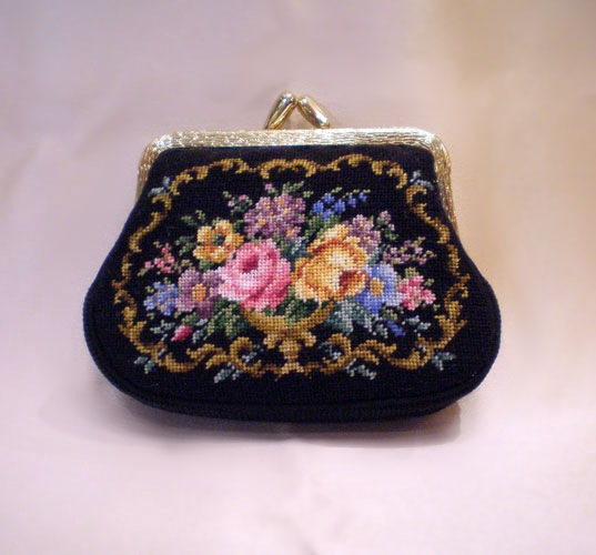 petit-point_small_purse_moo (537x500, 183Kb)