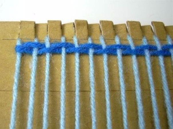 Как сделать коврик из пряжи на картоне