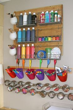 ideas-to-organize-your-craft-room-in-the-best-way-33-554x830 (233x350, 88Kb)