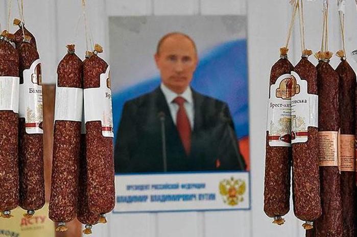 Путин пригрозил повесить «конкретного человека» за срыв крымского строительства