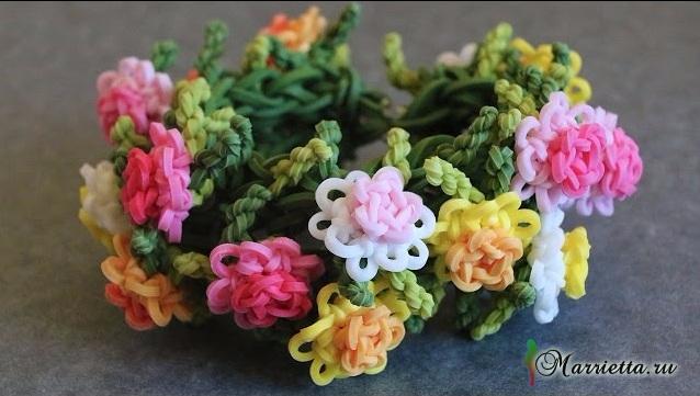 Браслет с хризантемами. Плетение из резинок (638x361, 223Kb)