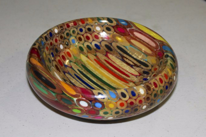 colored-pencil-bowl---beck-2 (680x453, 224Kb)