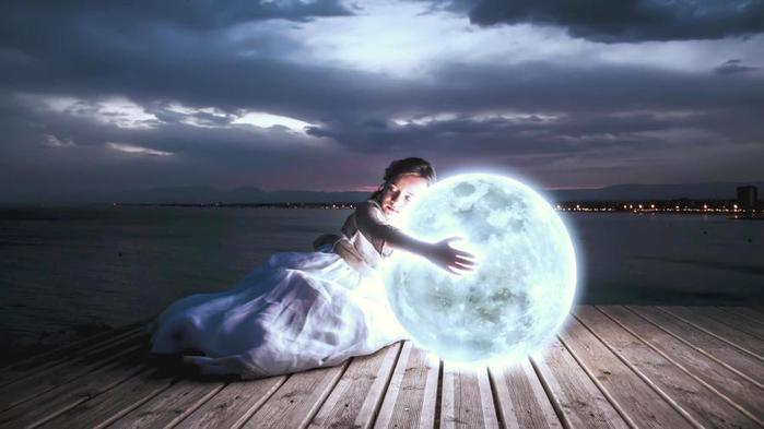 my_dear_moon_girl_night_luna_cute_light_1600x900_hd-wallpaper-1962900 (700x393, 31Kb)