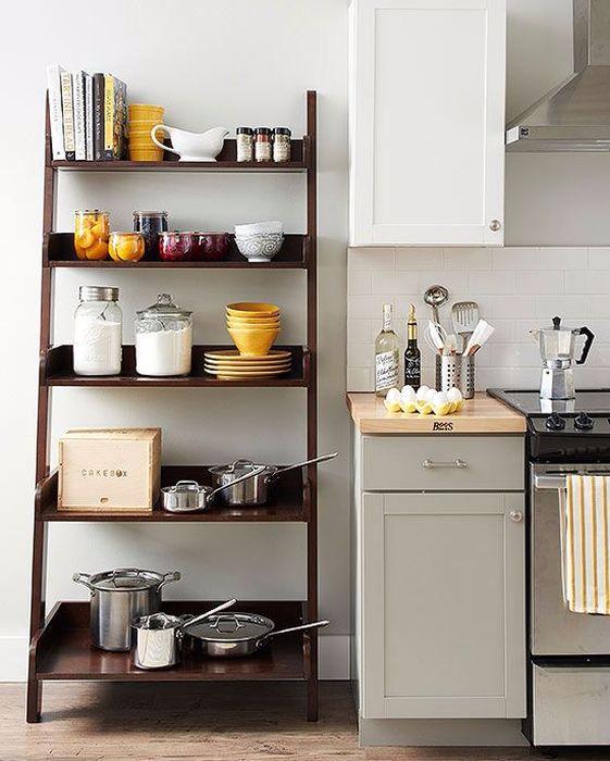 1 Открытый стеллаж на кухне (561x700, 264Kb)
