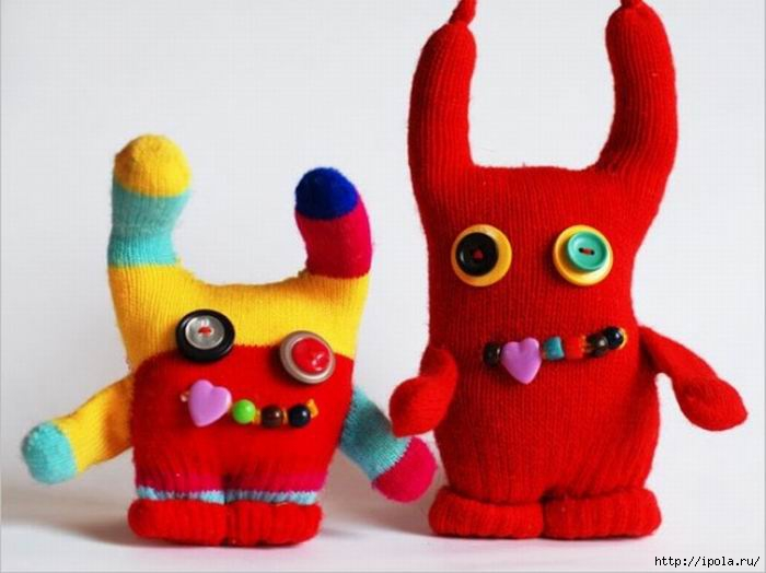 """alt=""""Игрушки из перчаток. Как сделать самому.""""/2835299_Izmenenie_razmera_monstr (700x524, 126Kb)"""