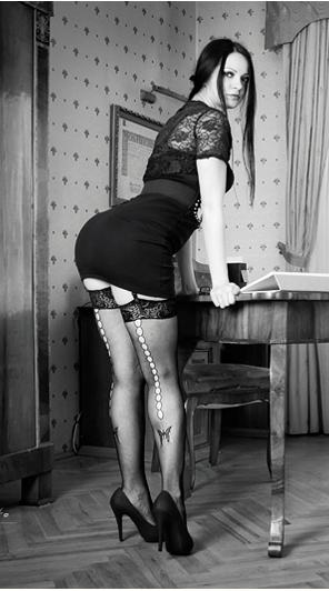 5919977_sexy_secretary_07_by_boas73d4uzplh (296x532, 103Kb)