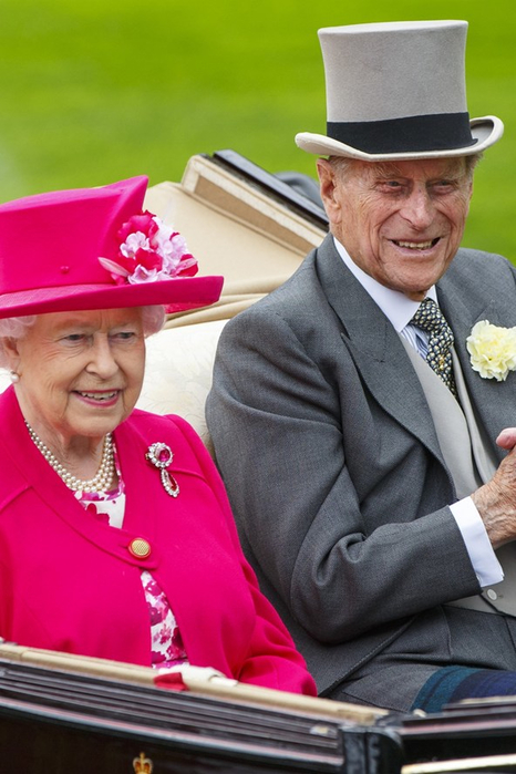 Prince-Philip-Queen-Vogue-17Jun15-Getty_b_592x888 (466x700, 319Kb)