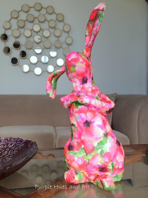 Кролик из пластиковой бутылки и папье-маше (1) (480x640, 493Kb)