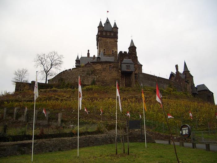 Замок Кохем под Райхсбургом. Германия. 63392