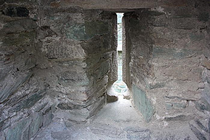 Итальянский замок Фенис (Castello di Fenis) 37572