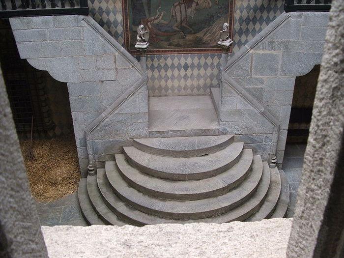 Итальянский замок Фенис (Castello di Fenis) 62381