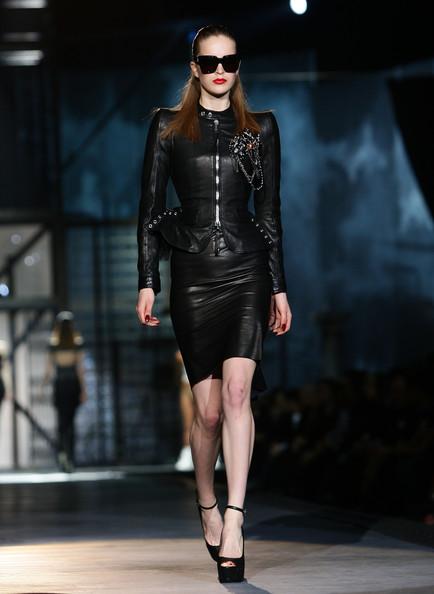 milan_fashion_week_aw2010_dsquared2_09 (434x594, 53 Kb)