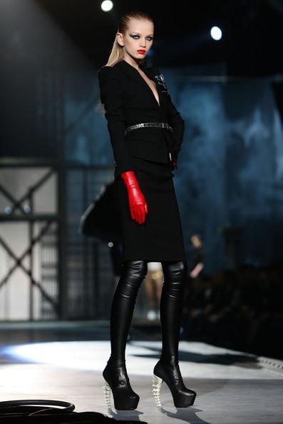 milan_fashion_week_aw2010_dsquared2_10 (397x594, 45 Kb)