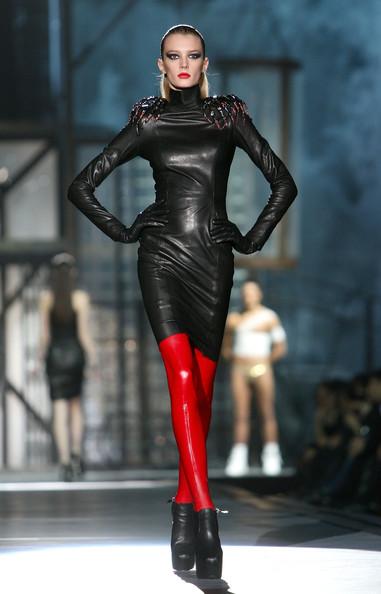 milan_fashion_week_aw2010_dsquared2_12 (381x594, 55 Kb)