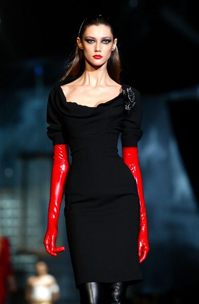 milan_fashion_week_aw2010_dsquared2_15 (389x594, 44 Kb)