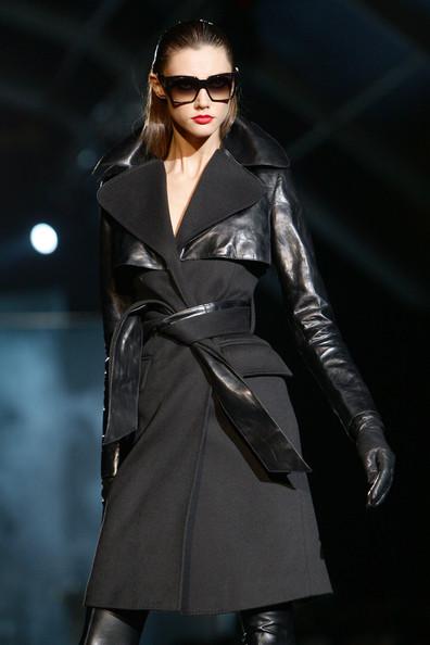 milan_fashion_week_aw2010_dsquared2_17 (396x594, 50 Kb)