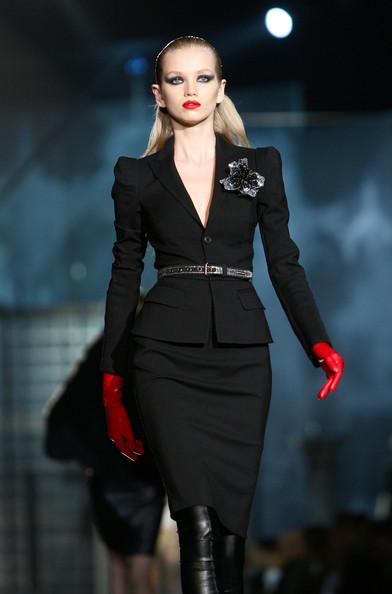 milan_fashion_week_aw2010_dsquared2_18 (392x594, 46 Kb)