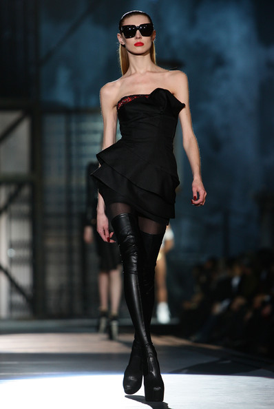 milan_fashion_week_aw2010_dsquared2_33 (398x594, 44 Kb)