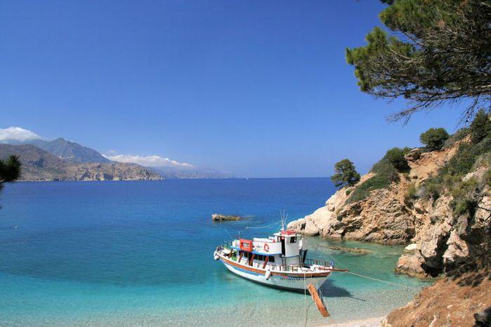 Остров Карпатос - высокие горы, традиционные поселки, пляжи на юге... 14765
