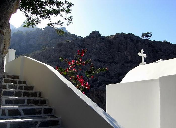 Остров Карпатос - высокие горы, традиционные поселки, пляжи на юге... 45290