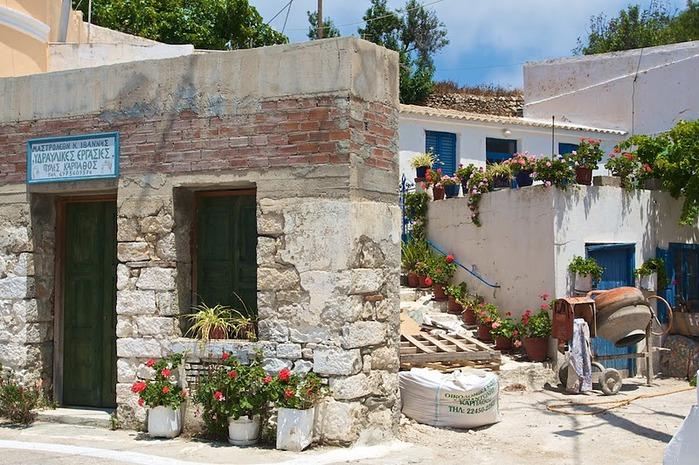 Остров Карпатос - высокие горы, традиционные поселки, пляжи на юге... 28957