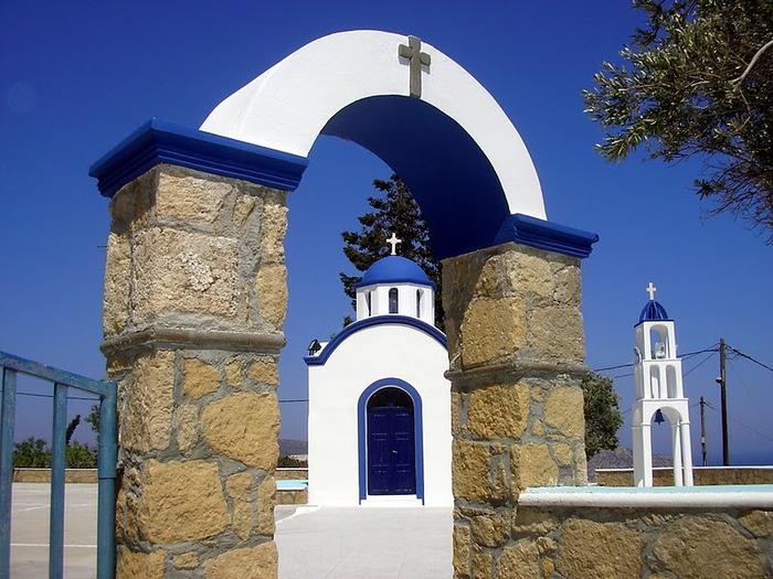Остров Карпатос - высокие горы, традиционные поселки, пляжи на юге... 38019