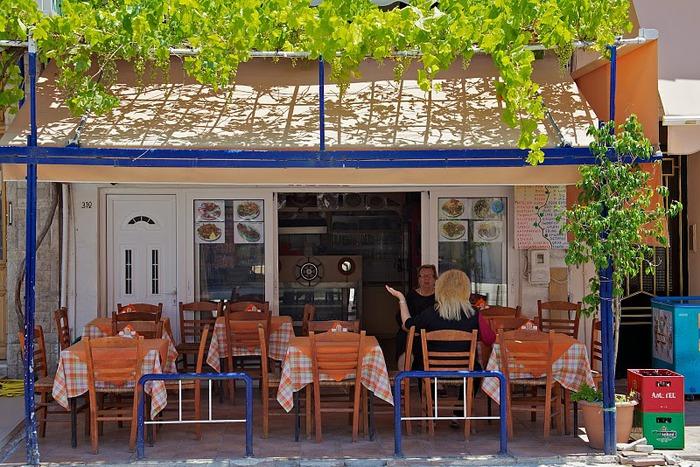 Остров Карпатос - высокие горы, традиционные поселки, пляжи на юге... 32887