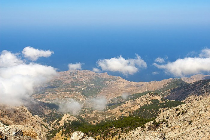Остров Карпатос - высокие горы, традиционные поселки, пляжи на юге... 36002