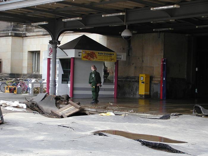 2002-Катастрофа по-европейски 23438