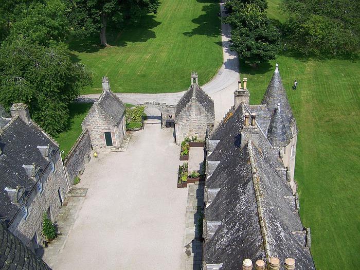 Замок Фрейзер (Castle Fraser) 18981
