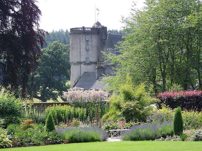Замок Фрейзер (Castle Fraser) 97180