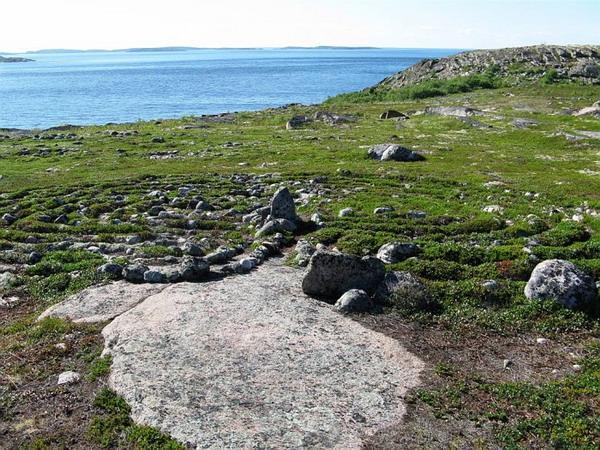 Лабиринт на острове Олешин Кузов