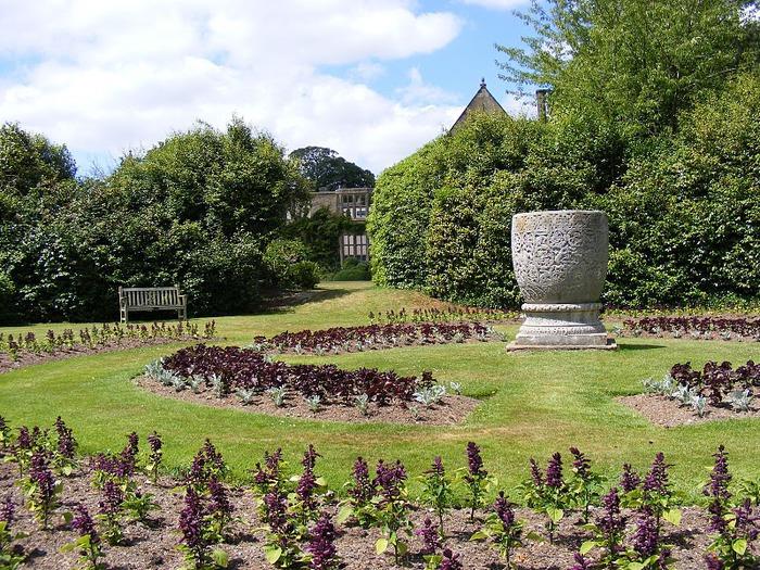 Nymans Gardens 61700