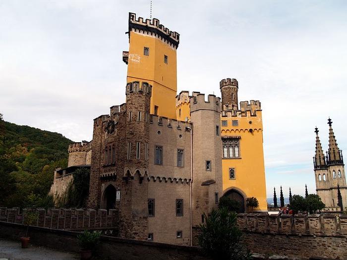 Рейнская жемчужина -Замок Штольценфельс 25500