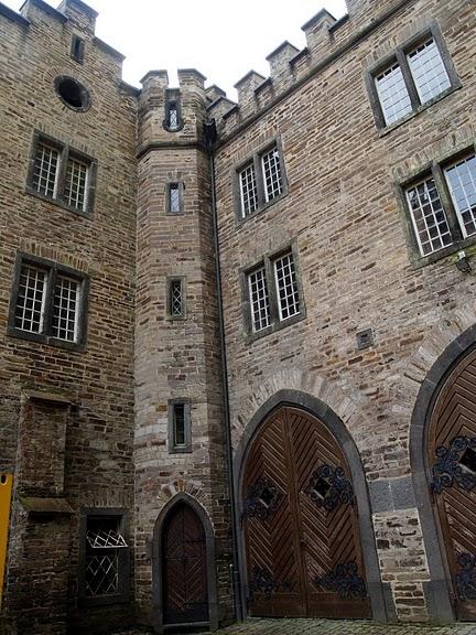 Рейнская жемчужина -Замок Штольценфельс 54592