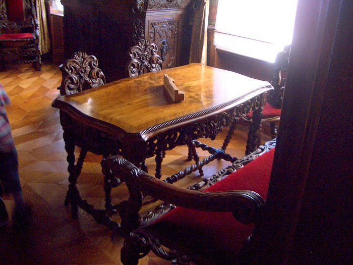 Рейнская жемчужина -Замок Штольценфельс 67521