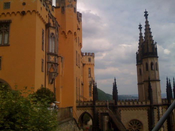 Рейнская жемчужина -Замок Штольценфельс 46287