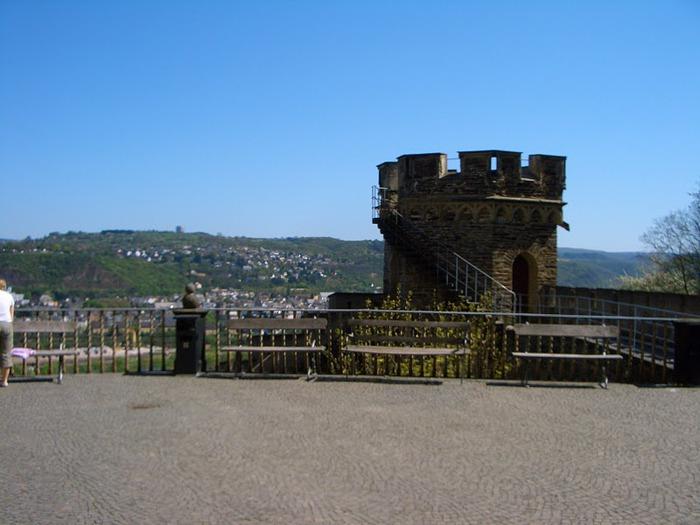 Рейнская жемчужина -Замок Штольценфельс 79079
