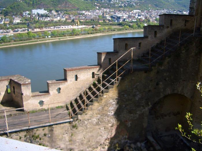 Рейнская жемчужина -Замок Штольценфельс 99626