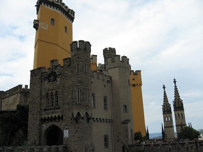 Рейнская жемчужина -Замок Штольценфельс 83540