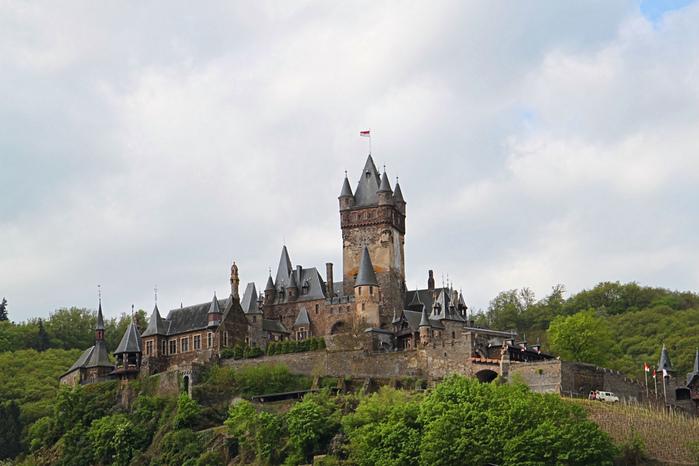Замок Кохем под Райхсбургом. Германия. 85439