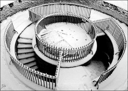 45 спиральных лестниц 10