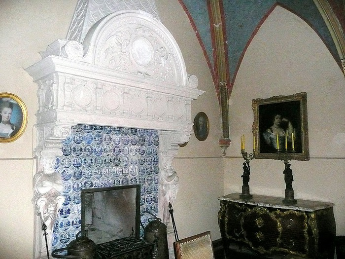 Замок Кохем под Райхсбургом. Германия. 13526